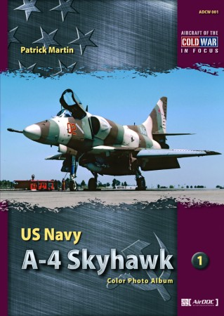 001 US NAVY A-4 Skyhawk